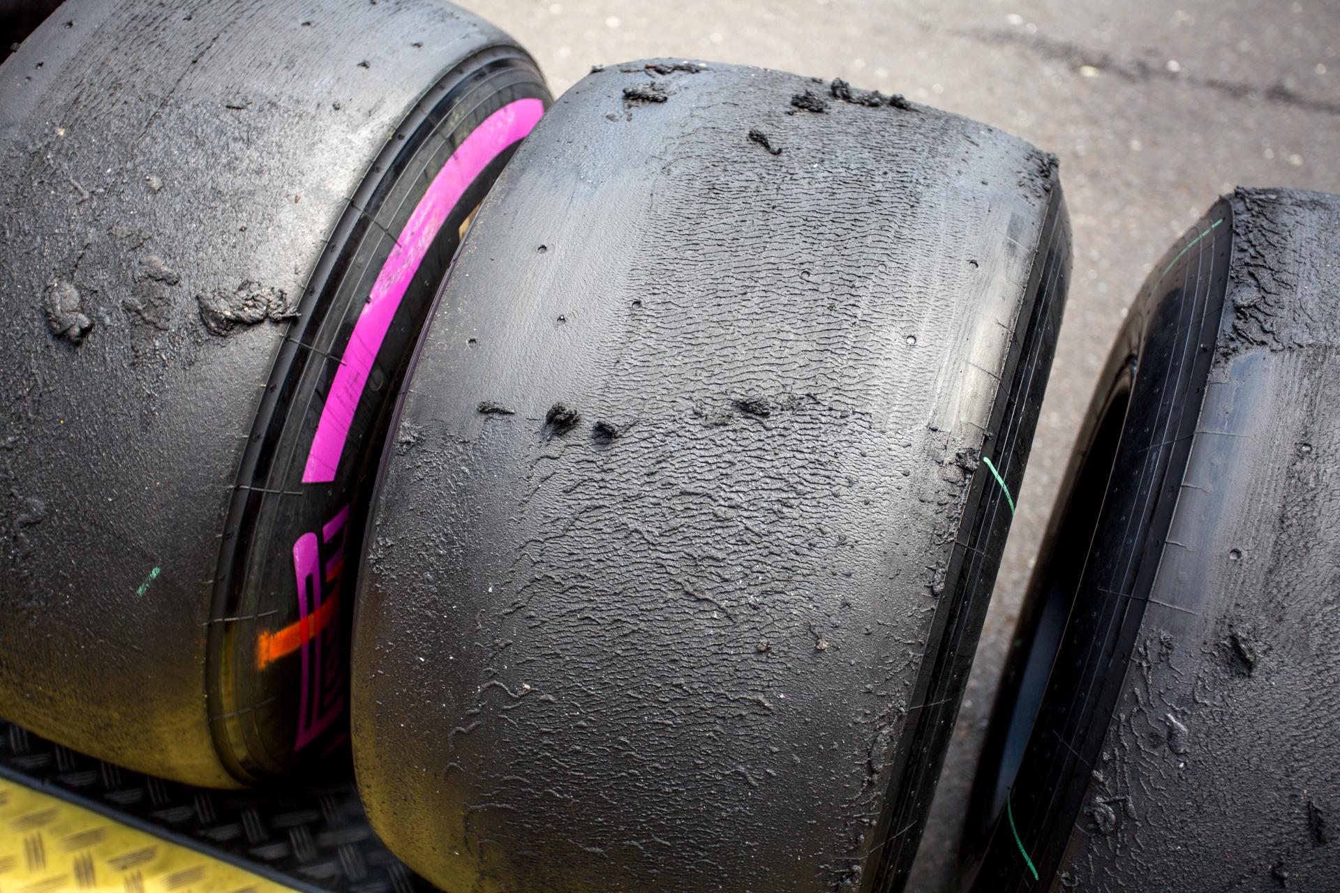 Neumáticos de F1 gastados